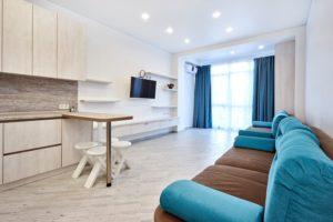Снять однокомнатную квартиру в Ялте без посредников на длительный срок.